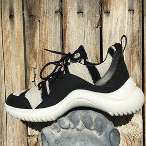 Nwt Rare Sam Edelman Meena Dad Sneaker